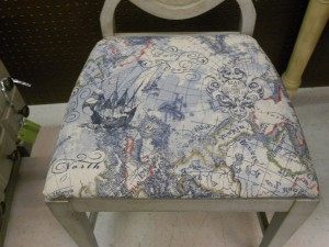 Great new fabric on the seat cushion. Fabrics is from Hancock Fabrics if you need some for coordinating pillows etc.