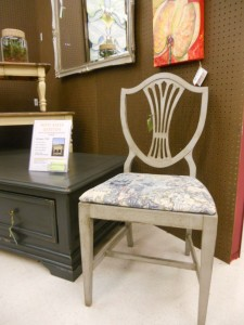 Another full shot of the chair. Would be great at a  writing desk!