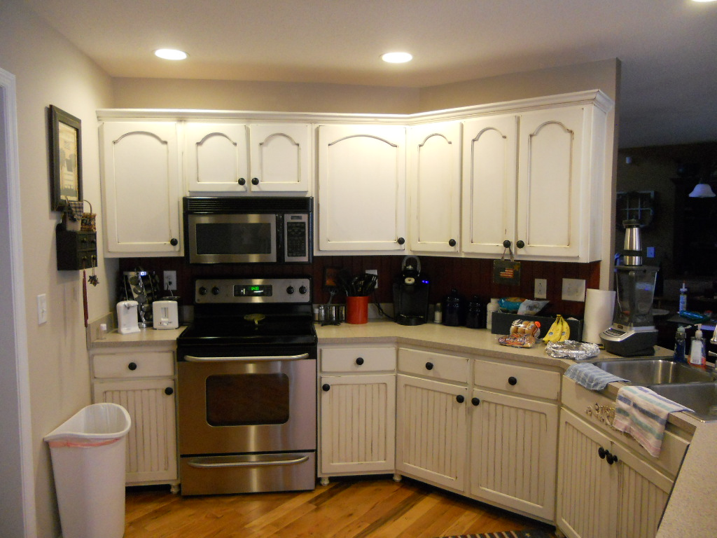 Antique White Cabinets With Brown Glaze